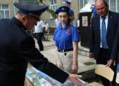 Мемориальную доску и «Парту Героя» открыли в школе Ставрополья